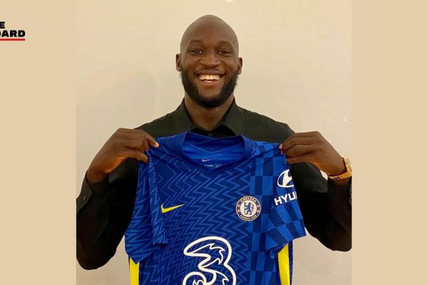 Lukaku has the opportunity to make his debut against Arsenal on Sunday. New Chelsea forward Romelu Lukaku has the opportunity to make his debut against Arsenal on Sunday.